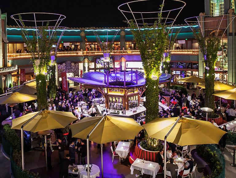 Outdoor Bar in Downtown Disney