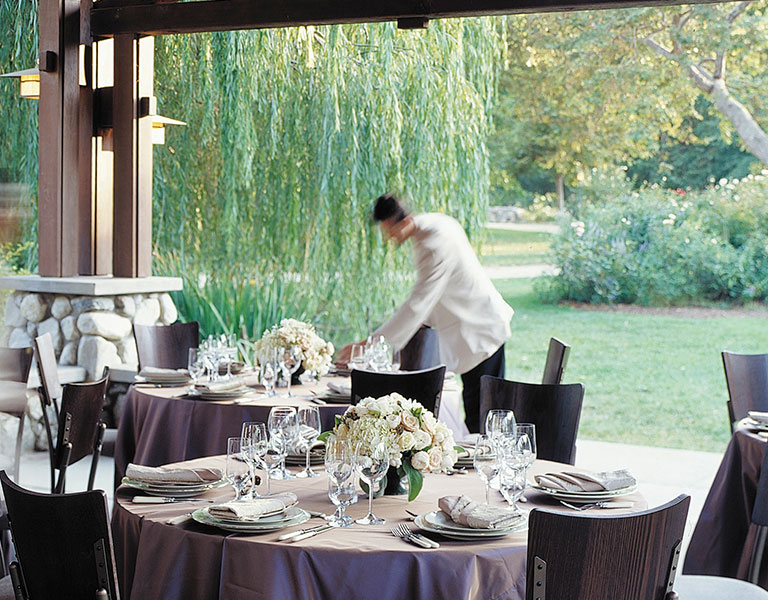 waiter setting table